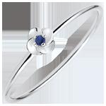 regalo uomo Anello Sboccio - Prima rosa - modello piccolo - Oro bianco e Zaffiro - 9 carati