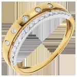 choix variés de bijou, prix a