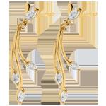vente Boucles d'oreilles luxuriance végétale or blanc or jaune et diamants.