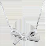 Naszyjnik w kształcie węzła Carlotta - złoto białe 9-karatowe