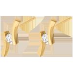 Geschenke Frauen Ohrstecker Kostbarer Kokon -Diamantapostroph- Gelbgold - Diamant 0.14 Karat - 18 Karat