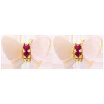 Geschenk Frauen Ohrstecker Spaziergang der Sinne - Perlmutt Schmetterling in Gelbgold - Perlmutt und Rubin