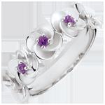 Geschenke Ring Blüte - Rosenkränzchen - Weißgold und Amethysten - 18 Karat