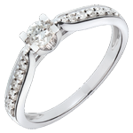 Geschenke Solitärring Comtesse - Weissgold mit 15 Diamanten - 0.41 Karat
