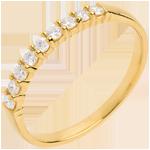 Juwelier Trauring semi pavé in Gelbgold - Krappenfassung - 0.25 Karat - 9 Diamanten