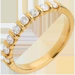 Geschenk Trauring semi pavé in Gelbgold - Krappenfassung - 0.5 Karat - 8 Diamanten