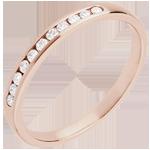 Geschenk Trauring zur Hälfte mit Diamanten besetzt in Rotgold - Kanalfassung - 11 Diamanten