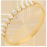 Trouwring Geel Goud half betegeld - 10 Diamanten