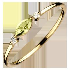Pierścionek Wschodnie Spojrzenie - mały model - perydot i diamenty - złoto żółte 9-karatowe