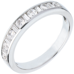 Half eternity ring white gold semi paved-channel setting - 0.65 carat - 8 diamonds