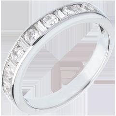 Fede nuziale oro bianco semi pavé - incastonatura Binario - 0.65 carati - 8 diamanti
