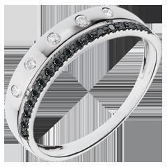 خاتم فييري ـ تاج النجوم ـ موديل صغير ـ الألماس الأسود - الذهب الأبيض عيار 18 قيراط