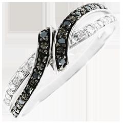خاتم كياروسكورو ـ الموعد ـ الذهب الأبيض 18 قيراط و الألماس الأسود