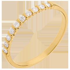 Alliance or jaune semi pavée - serti barrettes - 10 diamants