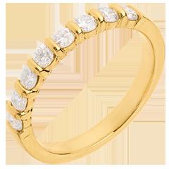 Alliance or jaune semi pavée - serti barrettes - 0.5 carats - 8 diamants