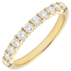 Alliance or jaune semi pavée - serti griffes - 0.4 carat - 11 diamants