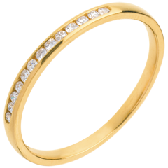 Fede nuziale oro giallo semi pavé - incastonatura Binario - 13 diamanti