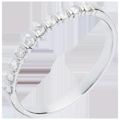 Alliance or blanc semi pavée - serti barrettes - 10 diamants