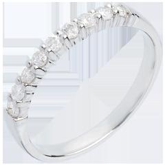 Alliance or blanc semi pavée - serti griffes - 0.3 carats - 9 diamants