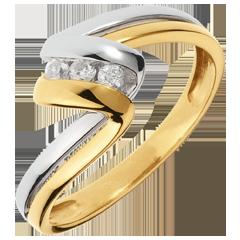 Anillo trilogía Nido Precioso-  Tiempo infinito -  oro amarillo y blanco-  3 diamamantes- 18 quilates.