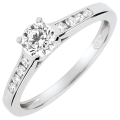 Anello di Fidanzamento Solitario Altezza - 0.4 carati -oro bianco 9 carati