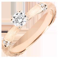 Anello di fidanzamento Giungla Sacra - diamante 0.2 carati - oro rosa spazzolato 9 carati