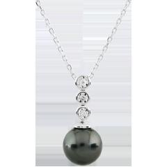 Collier Trilogie sur Perle - 3 diamants - or blanc 9 carats