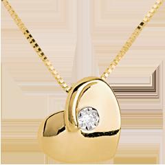 عقد القلب الولهان من الذهب الأصفر 9 قيراط و الألماس
