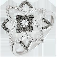 خاتم كياروسكورو من الذهب الأبيض 9 قيراط والألماس الأسود ـ زهرة القمر