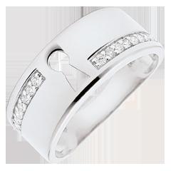 خاتم السر الثمين ـ من الذهب الأبيض 9 قيراط والألماس