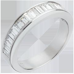 Alliance or blanc semi pavée - Diamants taille baguette sertis rail - 1 carat