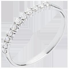 Alliance or blanc semi pavée - serti griffes - 11 diamants