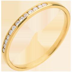 Alliance or jaune 9 carats semi pavée - serti rail - 13 diamants