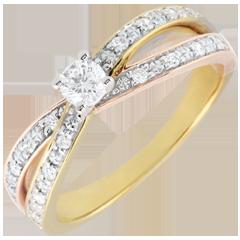 Anillo Solitario Saturno Dúo doble diamante - Tres oros - 0.15 quilates