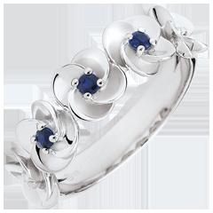 Bague Eclosion - Couronne de Roses - or blanc et saphirs - 9 carats