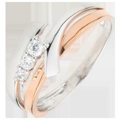 Bague de fiançailles Nid Précieux - Trilogie variation - 3 diamants - or blanc et or rose 18 carats