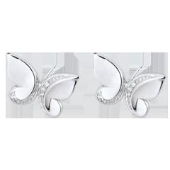 Boucles d'oreilles Balade Imaginaire - puces Papillon Cascade - or blanc et diamants