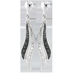 Boucles d'oreilles Clair Obscur pendantes - or blanc 9 carats et diamants noirs
