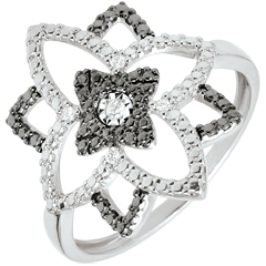 Destiny ring - Moonflower - white gold and black diamonds - 18 carat