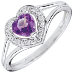 Enchanting Amethyst Heart Ring - 18 carats