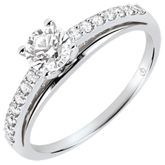 Engagment Ring - Avalon - 0.4 carat diamond - white gold 9 carats