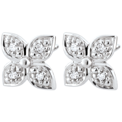 Eternity Flower Earrings with 8 diamonds