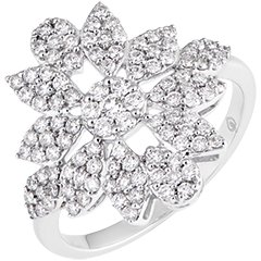 Flower of Winter - 9K white gold and diamonds