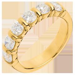 Gold Trauring semi pavé in Gelbgold - Krappenfassung - 1.5 Karat - 6 Diamanten