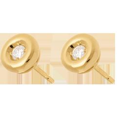 Kolczyki Kielich z diamentem - sztyfty z żółtego złota 18-karatowego