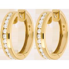 Kolczyki koła z żółtego złota 18-karatowego z diamentami - oprawa kanałowa - 0,43 karata - 24 diamenty