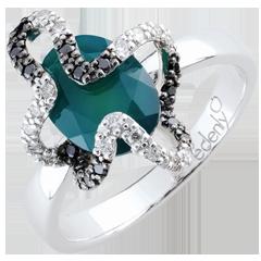 Pierścionek Spacer w Wyobraźni - Meduza - Srebro, diamenty i kamienie ozdobne