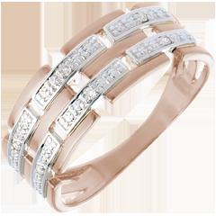 Ring 18 karaat rozégoud met Diamanten