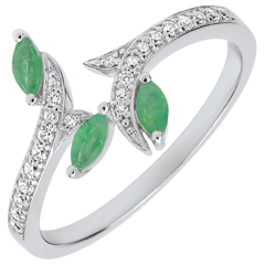 Ring Mysterious Woods - white gold, diamonds and smaragds boats - 9 carats