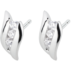 Trilogy Oorbellen Nid Précieux - Romantiek - Wit Goud Diamant - 18 karaat